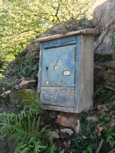 ancienne-boite-aux-lettres