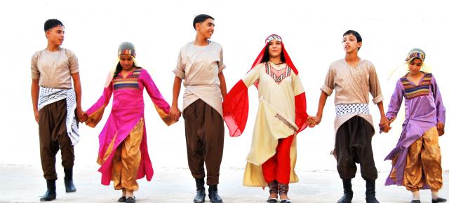 Stage de Dabké, danse folklorique de moyen orient